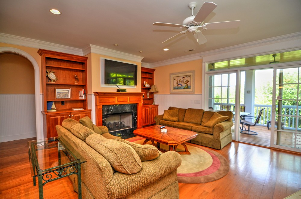 Kure Beach vacation rental with ACCESS TO SCREENED PORCH