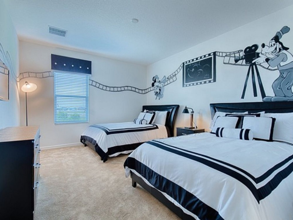 Davenport vacation rental with Hollywood Studios Themed Bedroom