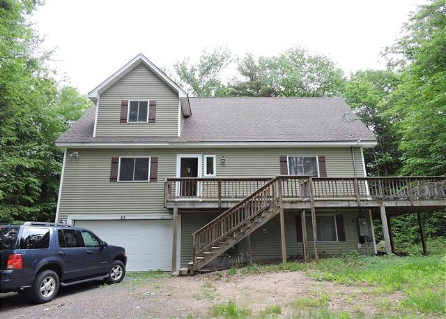 Suissevale home sleeping 10 and close to 2 beaches!! (328)