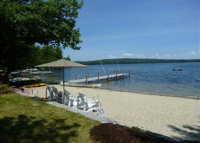 Sandy Beach Paradise on Lake Waukewan
