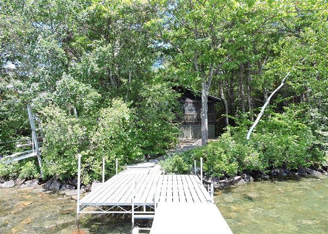 Lake Winnipesaukee Remodelled Cottage w/ Screen Porch, Dock, Views!! (338)