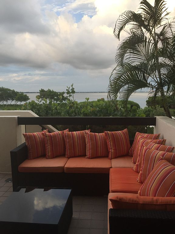 Stunning Sarasota Bay Condo in Fairway Bay, Longboat Key, 3 Bedroom, 2 Bath