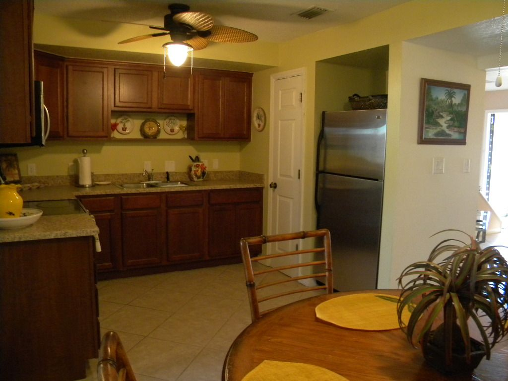 Available Aug 25 2016 Thru Dec 2016! Ask for Low Fall Rates ! Small Pets Ok