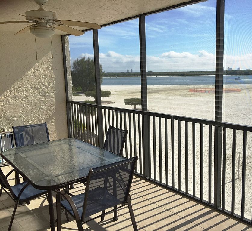 795.00 Total Call for Our August Specials 2bdrm Beachfront $850 Newly Remodeled