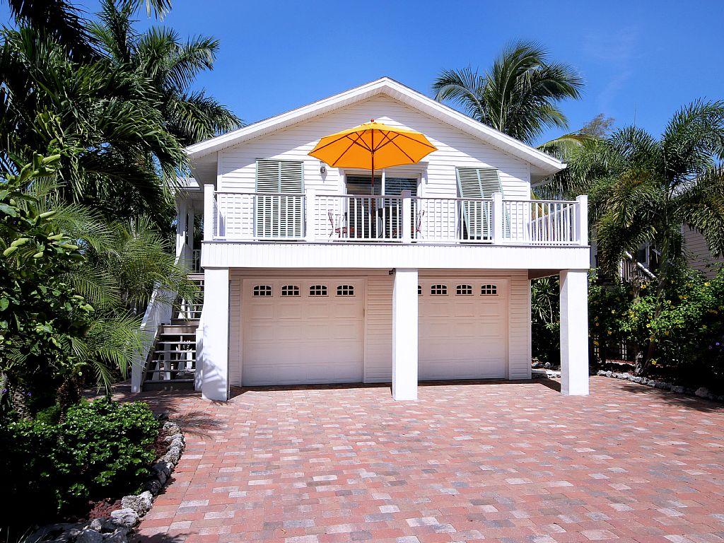 La Casa on Mango Street