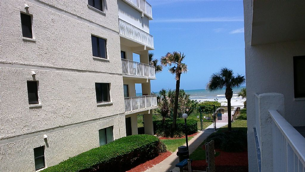 Paradise in Cocoa Beach - Very Highly Rated - 2BR, 2 Bath Ocean View Condo
