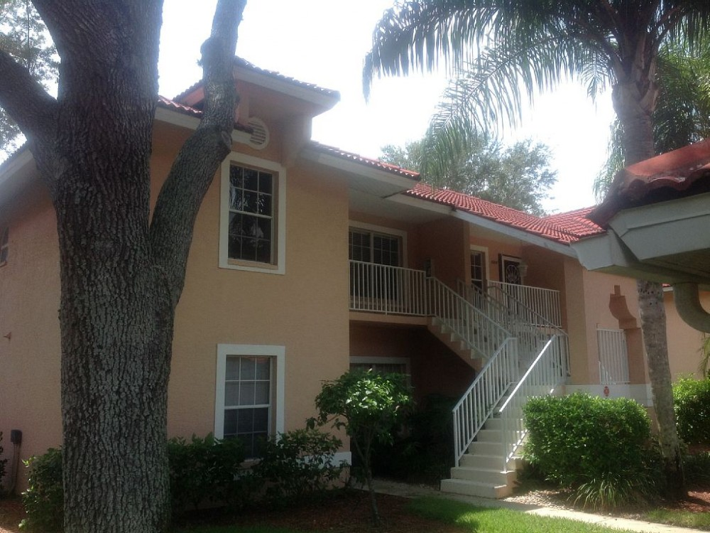 Naples City vacation rental with Unit entrance on up stairs
