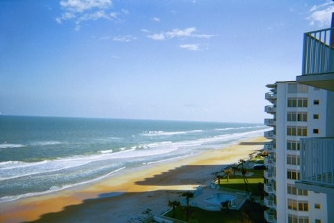 Direct Oceanfront Condo W/Free Wifi on No-Drive Beach