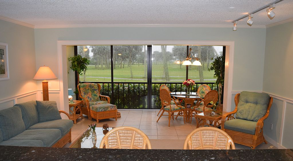 1 BR Condo on Marriott Resort Golf Course, Walk to Atlantic Ocean, Beach, Pools