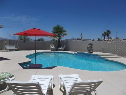 Sparkling clean 3 Br w/pool ...starting $129 a night !!