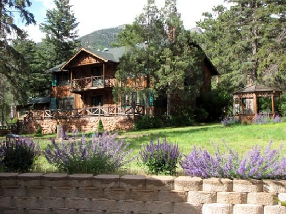 Cascade vacation rental with