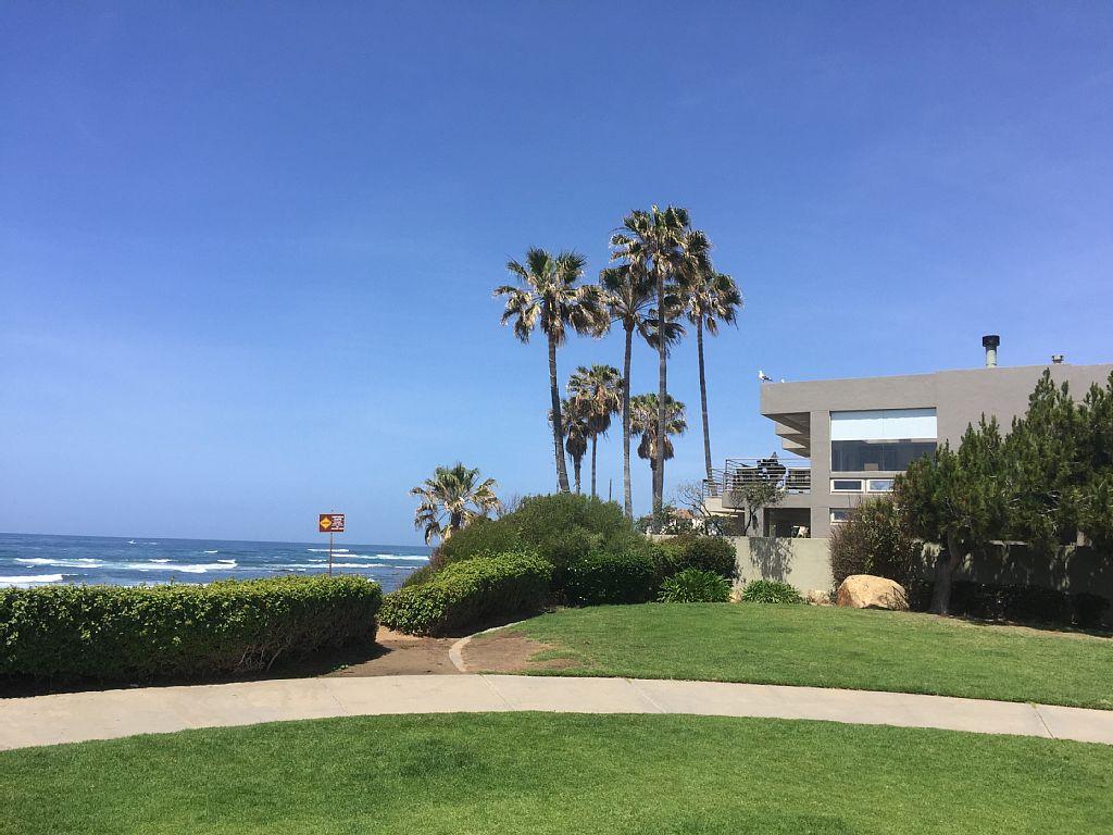 Ocean-Front, Modern Home In La Jolla