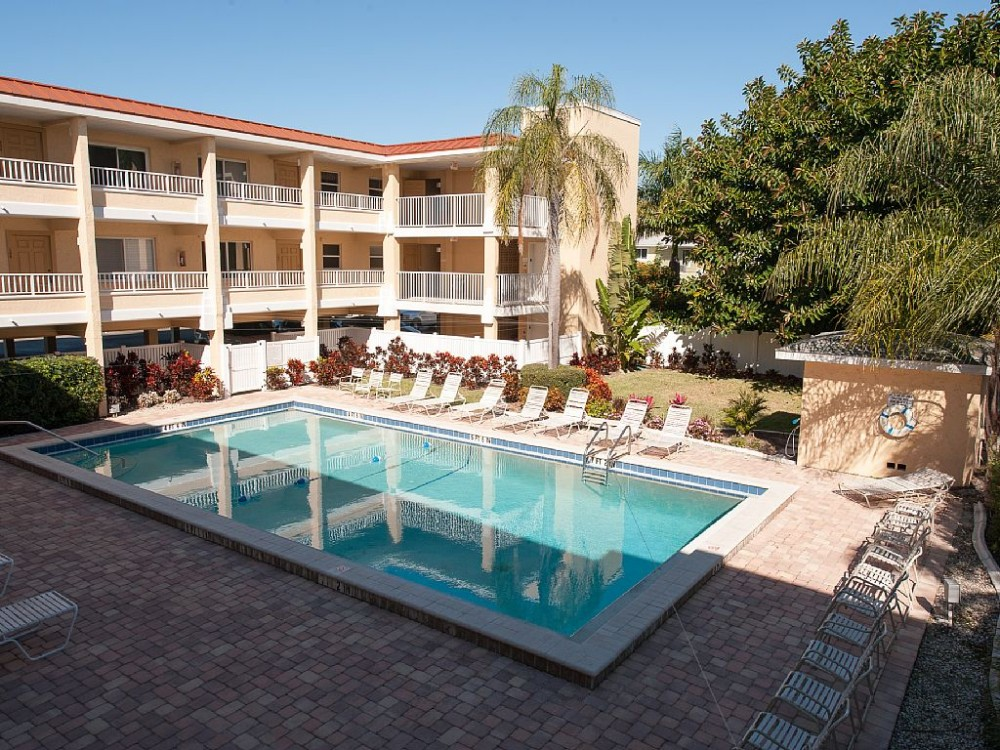 15 Steps to the beach! Sunsets or Dolphin watching right from the condo!