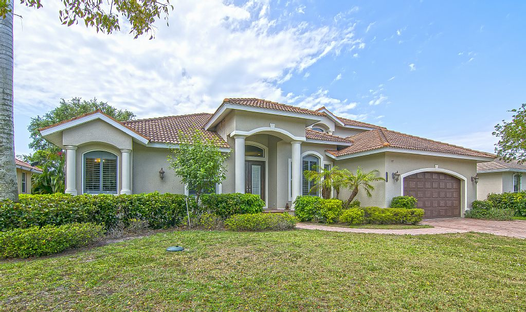 Marco Island Florida Vacation Rental Elegant 5 Bedroom Home With Two King Master Suites