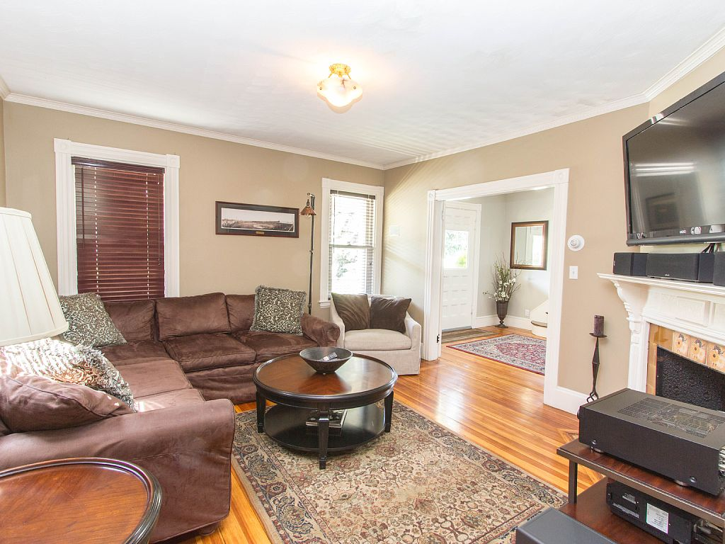 Home Rental Photos Melrose