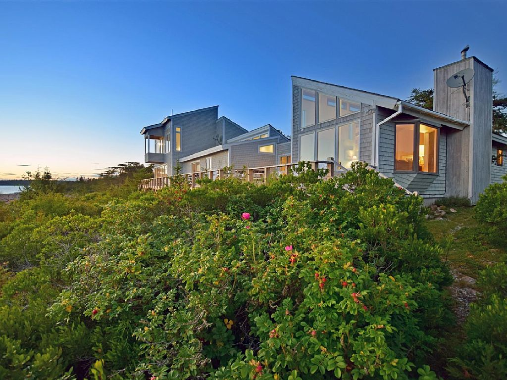 Shorefront Home on 20 Secluded Acres, Spectacular Ocean Views