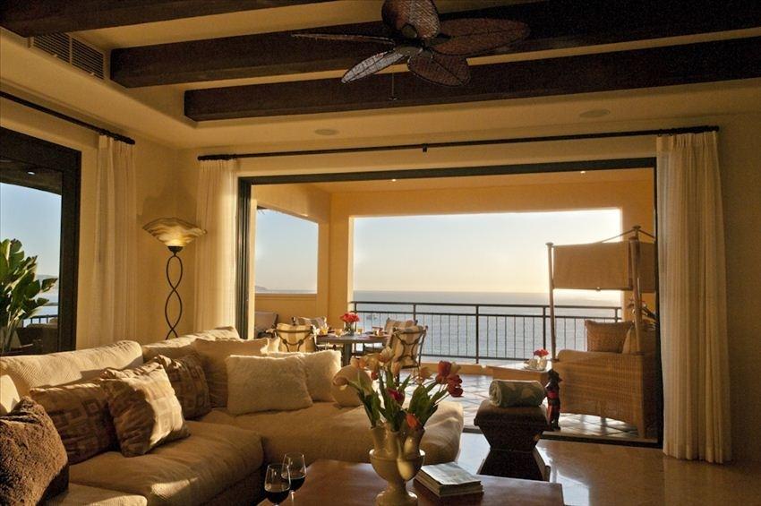 Hacienda 2 Bedroom, 2 1/2 bath Luxurious Ocean View Condo w/ every Amenity