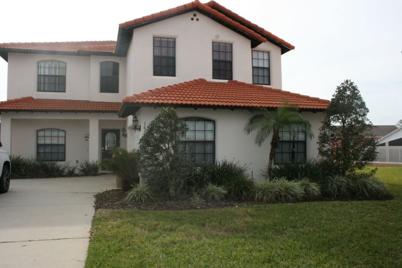 Lazy Breeze : Spacious 5 Bedroom 4 Bath Private Pool/Spa Home with Game Room