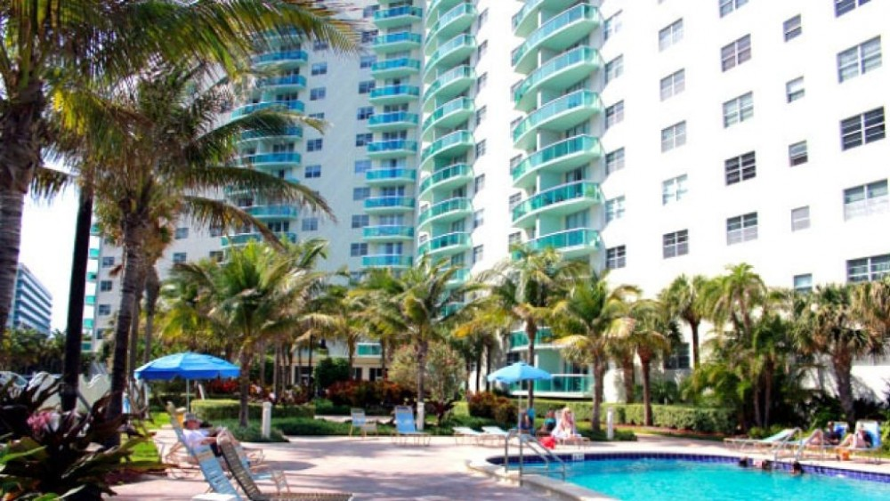 Hollywood vacation rental with