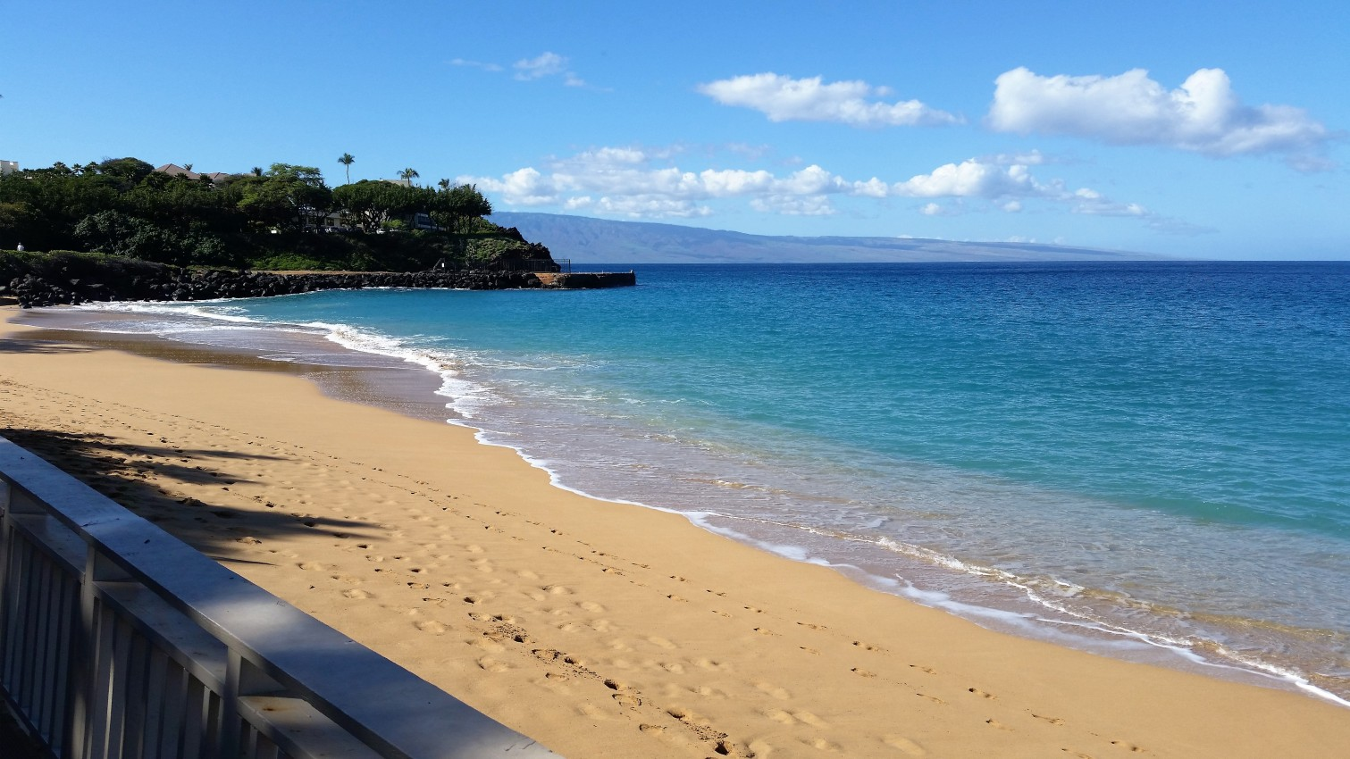 Beach Cabana Rentals In Maui