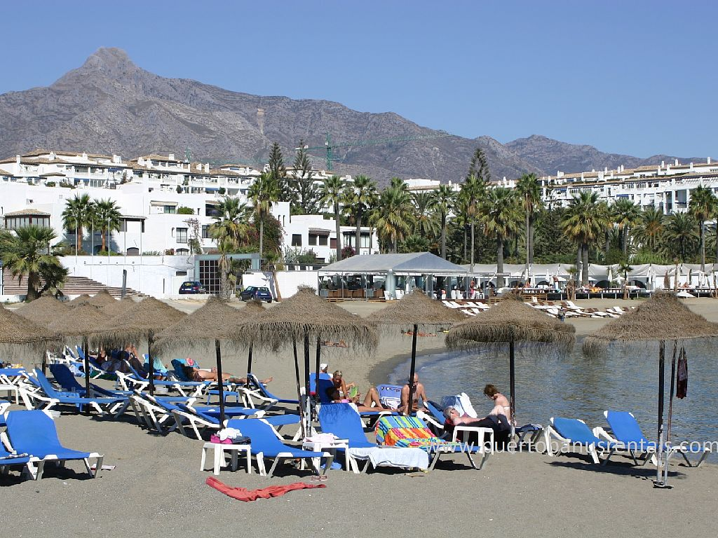 OFFERS,Puerto Banus,Marbella, Playas del Duque, beachfront,WiFi, Free Parking