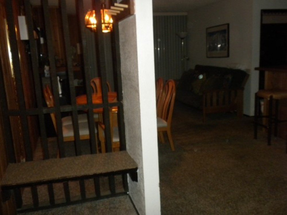mammoth lakes vacation rental with Entrance