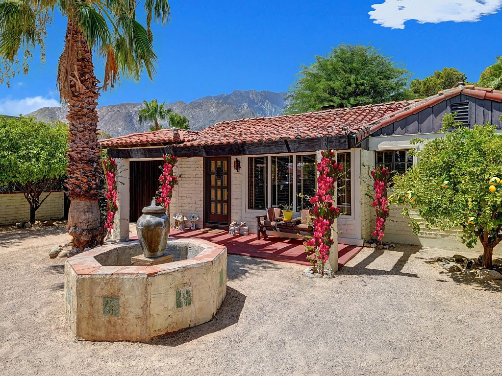 Authentic Spanish Oasis Home - Private & Gated - Luxury Amenities