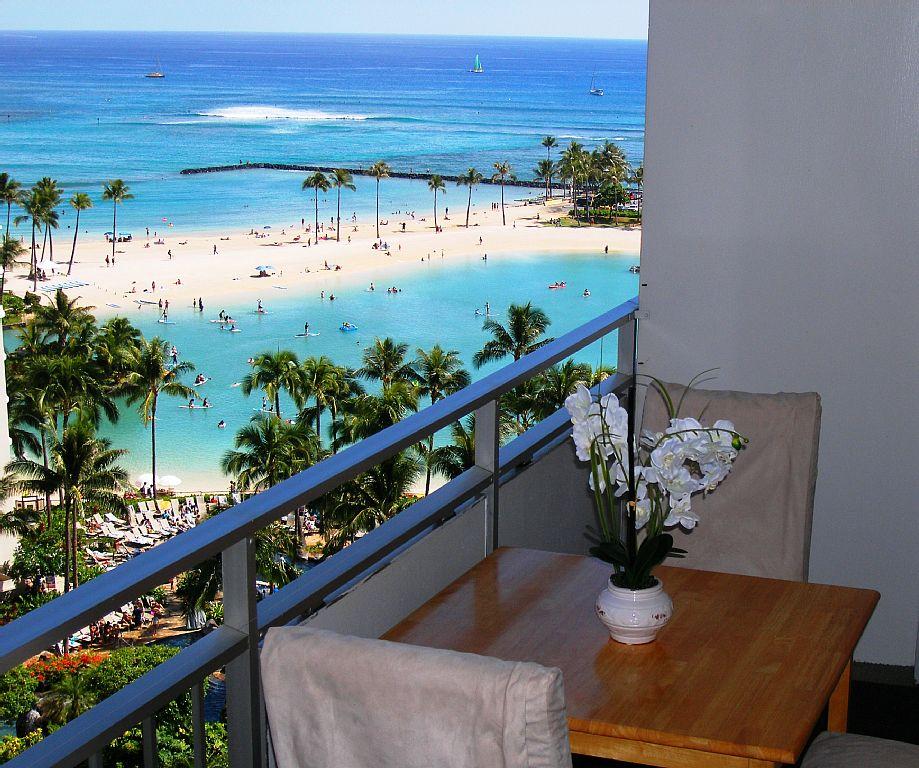 Beach, ocean And Firework Views! Sleeps 5. Great Value All Year!