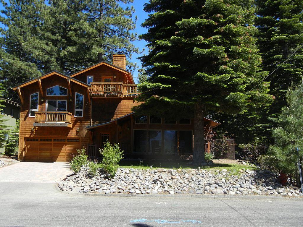 Luxury Mountain View Retreat
