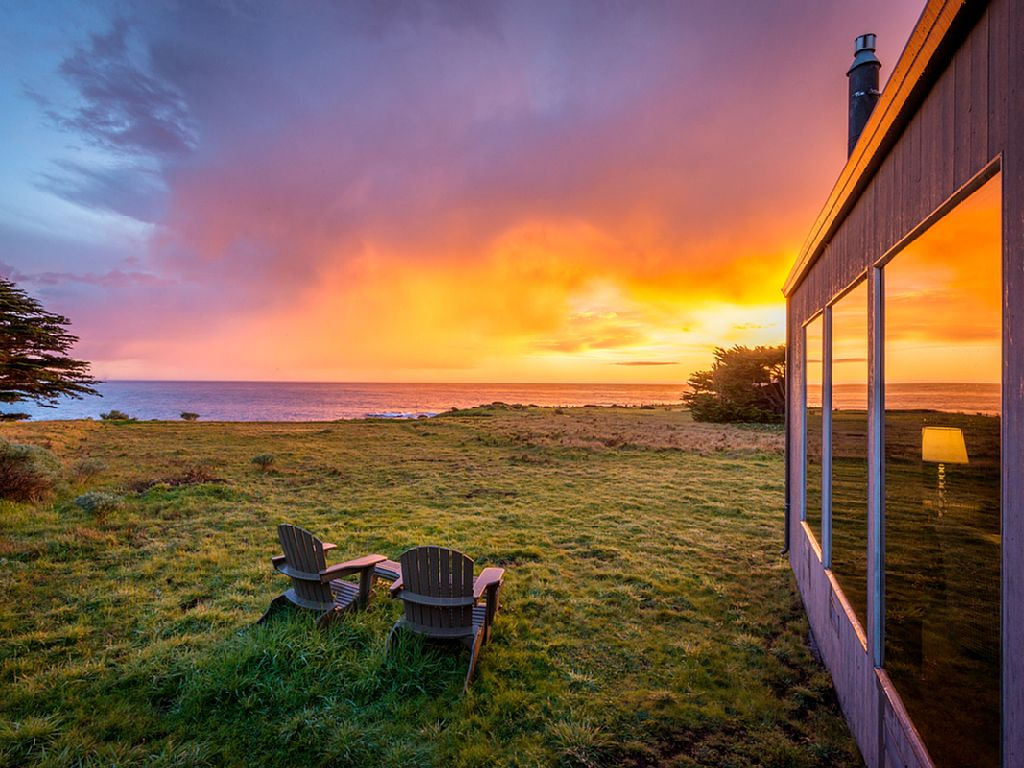 Oceanfront Sea Ranch Home – and We