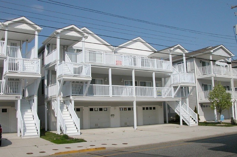 Steps to the beach & boardwalk, Ocean view from deck, Senior Citizen Special