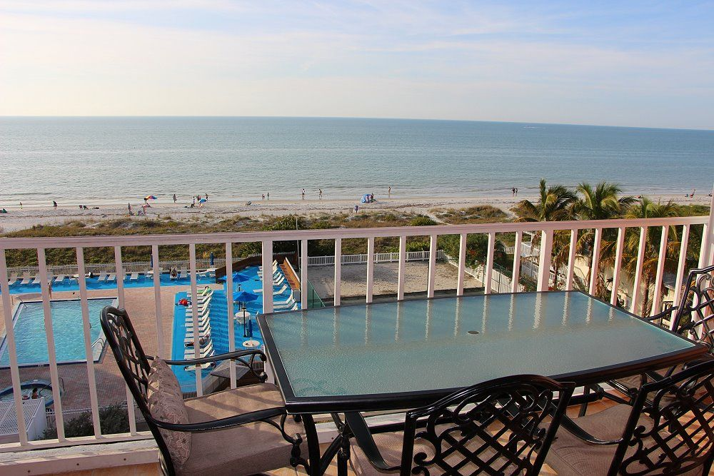 New Luxury Direct View Ocean Front Penthouse Condo Gorgeous Sunsets 5 Stars!