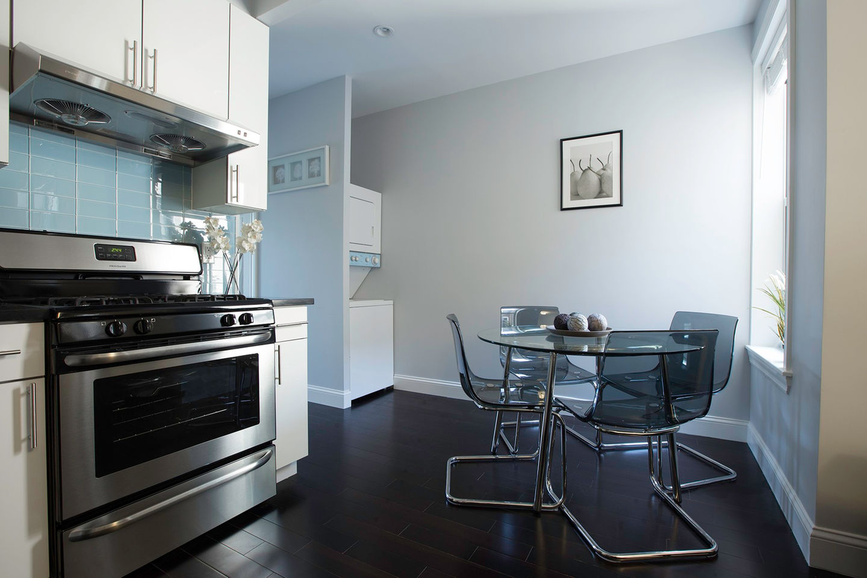 3 Bed Short Term Rental Apartment Ridgewood