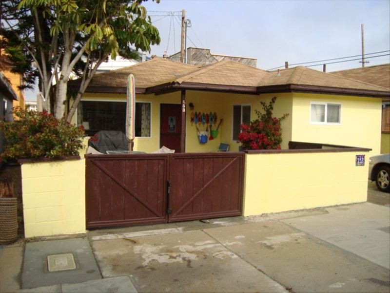 Charming Silverstrand Beach Cottage Just Steps to the Sand!