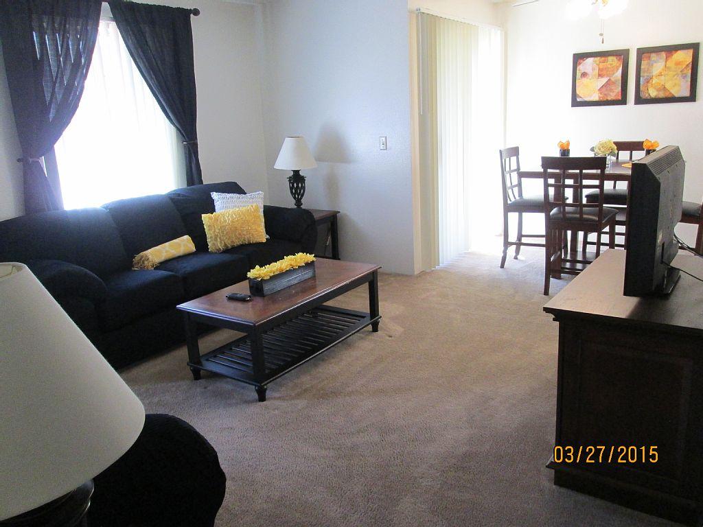 Luxury 2 Bedroom 2 Bath Apartment