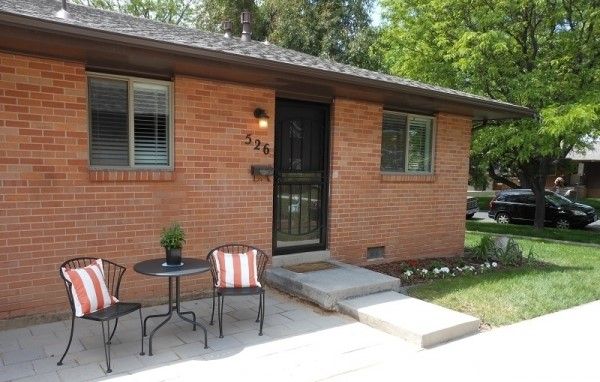 Updated end unit townhome - Cherry Creek