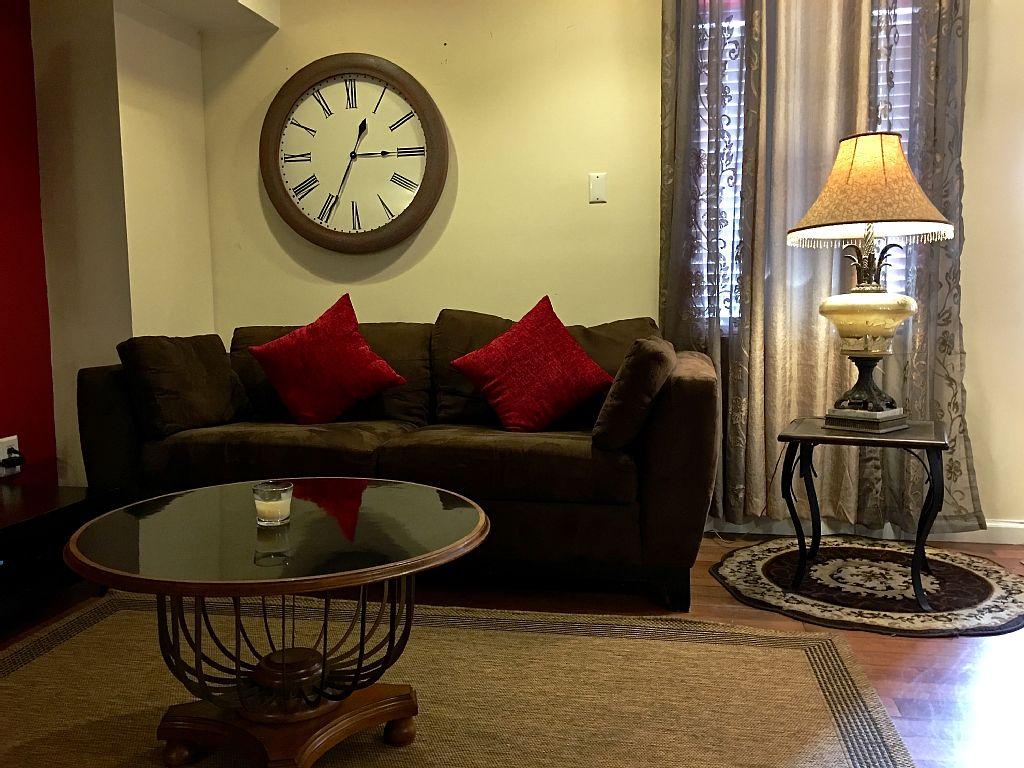 Spacious Amazing 3 Bedroom Apartment