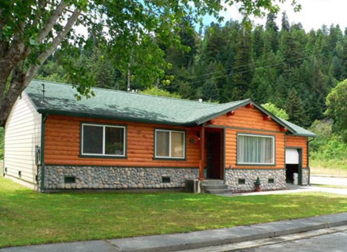 Elk Meadow Cabins : Johnny Redwood Cabin 3 Bedrooms 2 Bath