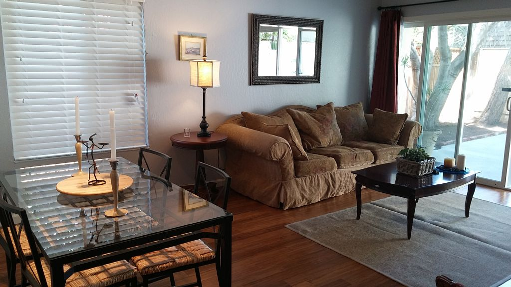 Beautiful 3 Bedrooms with Private Back Yard - 1 Mile from Uc and Downtown
