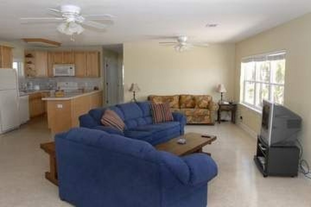 pensacola beach vacation rental with living area of great room