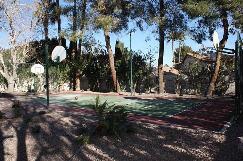Airbnb Alternative Property in lake las vegas