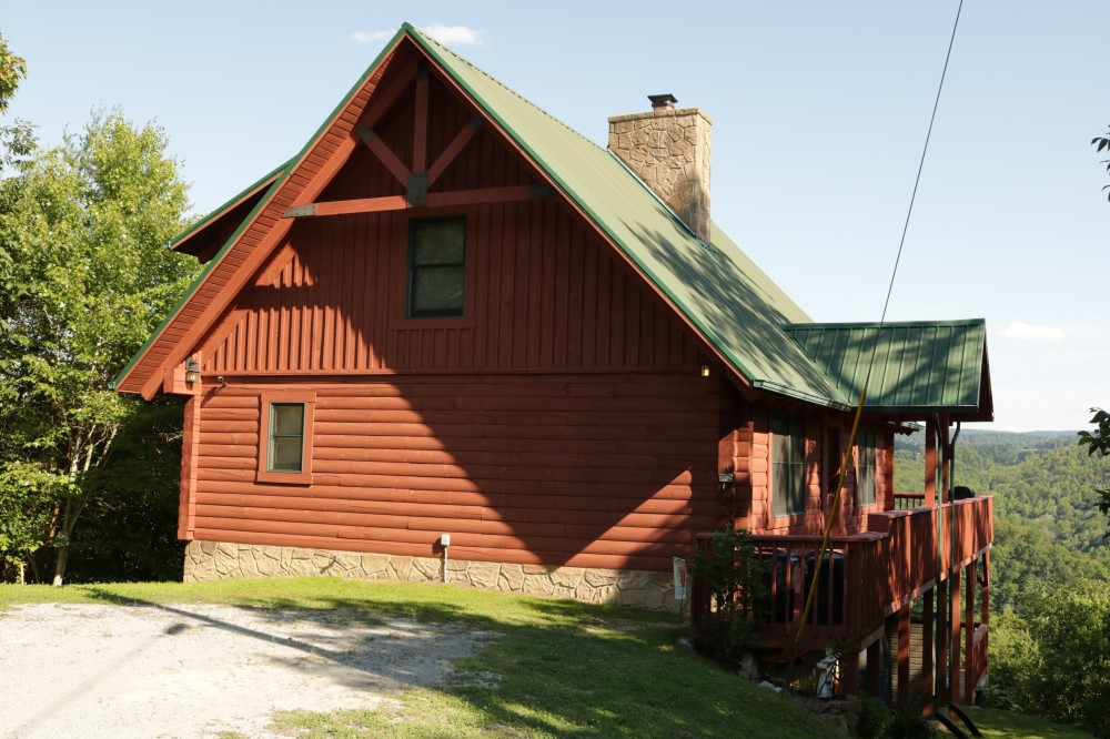 New Tazewell vacation rental with Eagles Nest