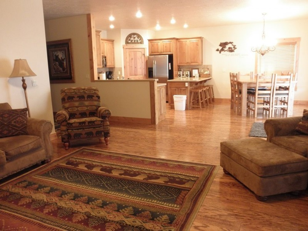 McCall vacation rental with Comfortable, open floor plan.