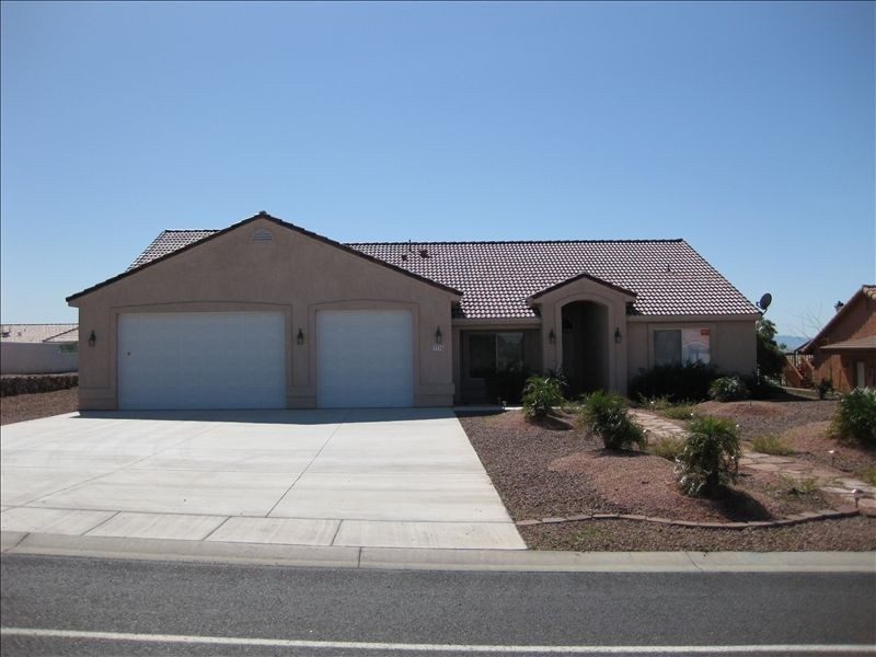 Newer 2100 Sq Ft 4 Bedroom Home Near Casino