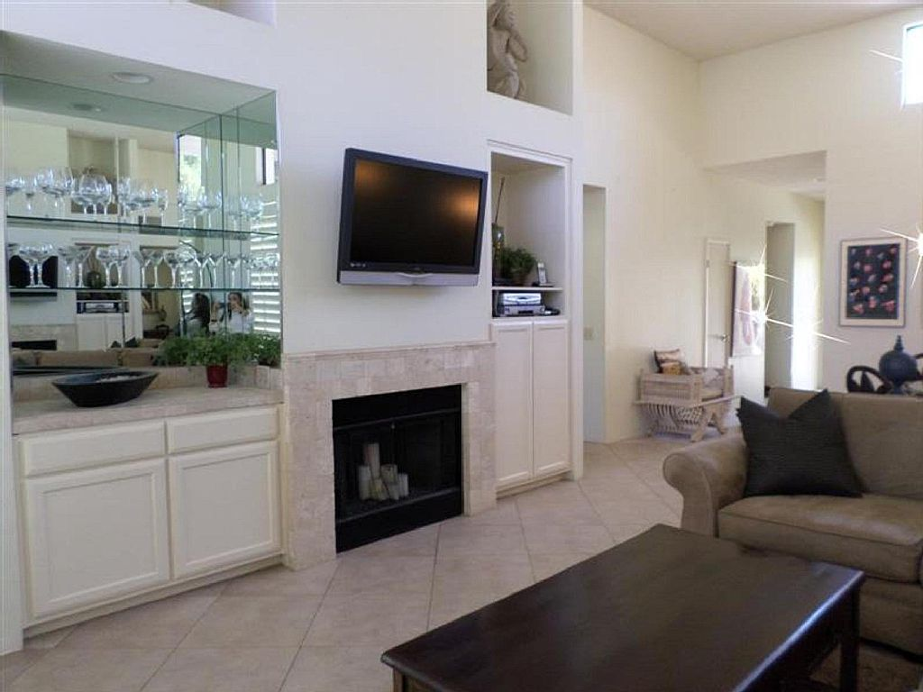 Great Two Bedroom Condo on the 7th Tee of the Palmer Private Course at PGA West