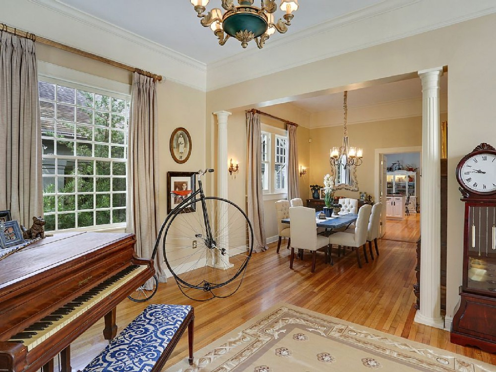 Penny-Farthing House - Screaming Deal $300 Per Night Rest of 2016