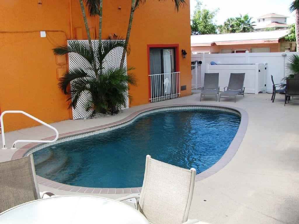 1BR - Garden Apartment of Siesta Key Townhouse - Heated Pool -Siesta Key Village