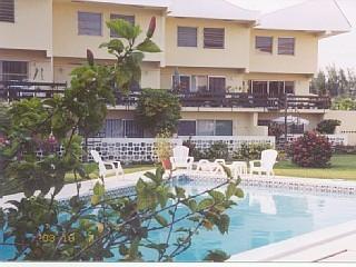 Spacious 3-BR Condo Near Ocean, Beaches and Resorts