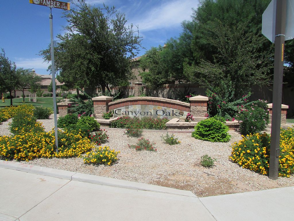 Beautifully Decorated Home with Full Amenities in a Private and Gated Community