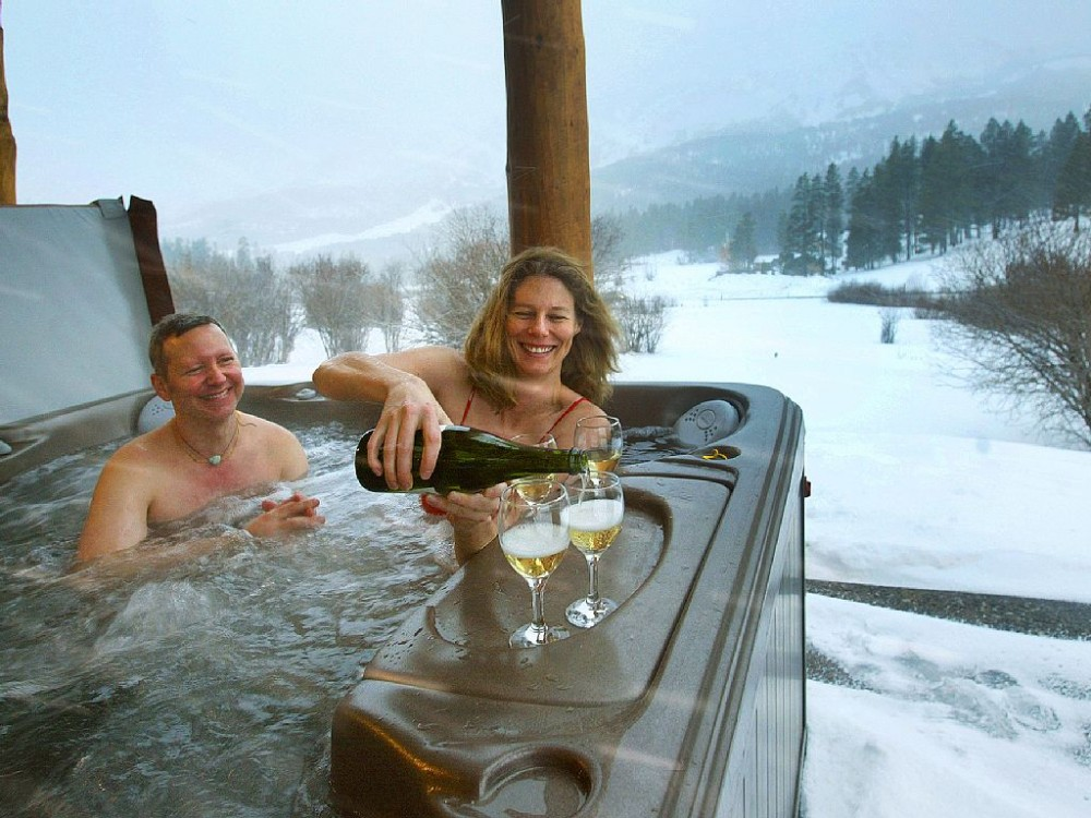 Bridger Vista Lodge - luxury Log Cabin Vacation Rental